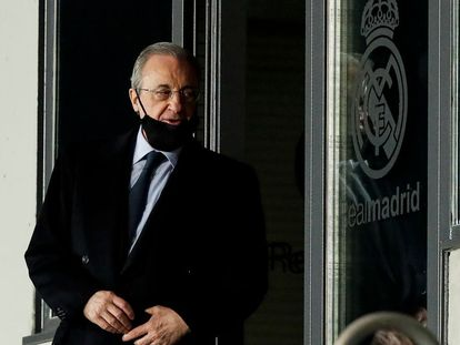 El presidente del Real Madrid, Florentino Pérez, en un momento del encuentro de Champions League entre Real Madrid y Atalanta disputado el pasado 16 de marzo en el Estadio Alfredo Di Stefano en Madrid.
