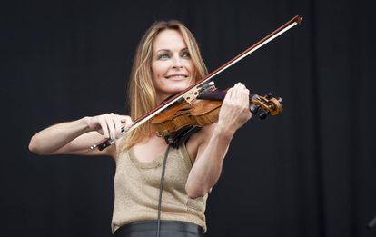 Sharon Corr, la violinista de The Corrs, en un concierto en 2016.