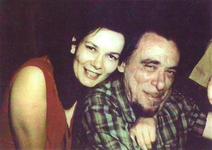 Linda King y Charles Bukowski en los 70.