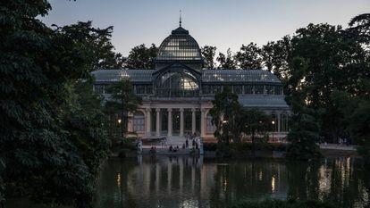 Palacio de Cristal en el parque del Retiro, este sábado.