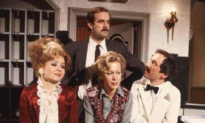 Los protagonistas de 'Fawlty Towers'.