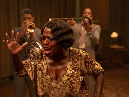 Viola Davis interpreta a Ma Rainey en la película 'La madre del blues'.