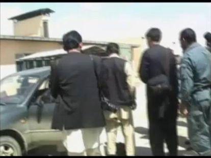 Restos del vehículo donde viajaban las periodistas.