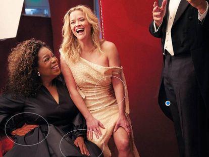 Oprah Winfrey, con sus tres manos, junto a Reese Witherspoon una imagen del 'making off' de la sesión de fotos para 'Vanity Fair'.