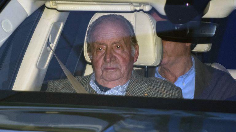 Juan Carlos I, el pasado enero, acude al hospital a visitar a su sobrina Simoneta Gómez Acebo.