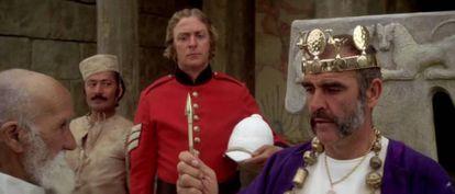 Sean Connery y Michael Caine en 'El hombre que pudo reinar'.