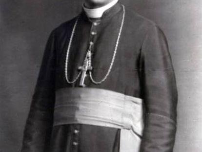 El obispo de Tarbes-Lourdes, Pierre-Marie Théas.