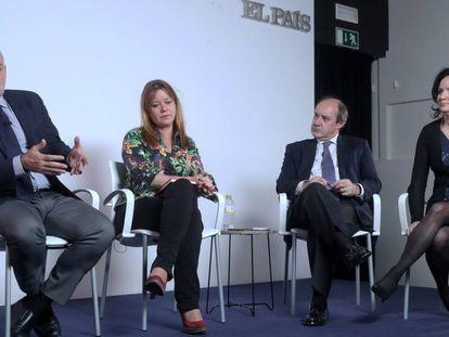 Ignacio González Vega, de JJPD; Natalia Velilla, de AJFV; Celso Rodríguez Padrón, de AMP, y Concepción Rodríguez, de FJI.