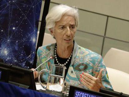 Lagarde anticipa una ralentización del crecimiento global por debajo del 3,9% previsto hace solo tres meses