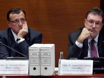 Francesc Xavier Mena (a la izquierda) y Josep Lluís Cleries durante su comparecencia en el Parlament el pasado mes de agosto.