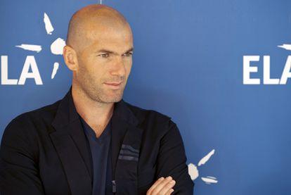 Zinedine Zidane durante el acto solidario donde ha anunciado su nuevo cargo en el Madrid.