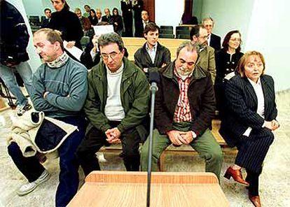 Acusados del <i>caso Ardystil</i> ayer, durante la vista oral del juicio.