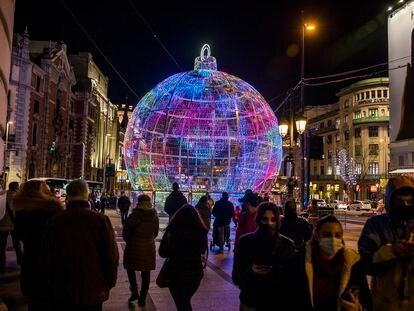 Luces de Navidad en el centro de Madrid el 2 de diciembre.