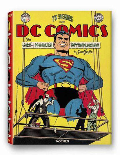 75 years of DC Comics: the art of modern mythmaking recorre el nacimiento de la industria del cómic de superhéroes a través de la historia de la editorial en que nacieron Superman, Batman y Wonder Woman. Paul Levitz, ex presidente de DC Comics y asesor de DC Entertainment, desgrana los secretos de la fábrica de mitos del cómic.
