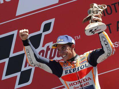 Marc Márquez (Repsol Honda) celebrando su victoria en el GP de Holanda.