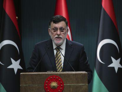 El primer ministro del GNA, Faiez Serraj Fayez Sarraj, durante una conferencia en Ankara, Turquía, este junio pasado.