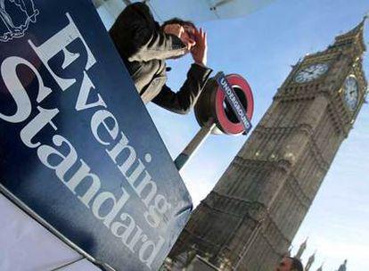 Un anuncio del <i>Evening Standard</i> en el centro de Londres.