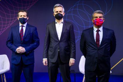 Los candidatos a la presidencia del FC Barcelona: Toni Freixa, Víctor Font y Joan Laporta (de izquierda a derecha).