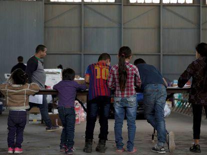 Menores en un refugio para inmigrantes en Nuevo México.