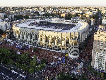 Aspecto del Hyundai Fan Park durante la final de la Eurocopa