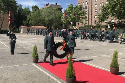 Homenaje a los caídos durante el acto de celebración del 175 aniversario de la Guardia Civil.