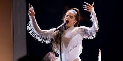 La cantante Rosalía, quien tiene nominaciones en mejor canción urbana, mejor canción pop-rock y mejor vídeo musical en versión corta