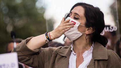 Isabel Díaz Ayuso en Fuenlabrada (Madrid), el 19 de abril.