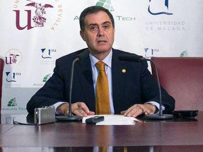 Joaquín Luque, exrector de la Universidad de Sevilla.