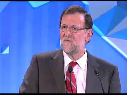 Rajoy acaba como empezó