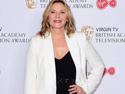 Kim Cattrall, en la entrega de los premios TV British Academy Television Awards 2017. En vídeo, Sarah Jessica Parker responde a Catrall.