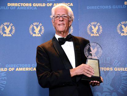 Michael Apted, con un premio por su carrera otorgado en 2013 por el Sindicato de Directores.