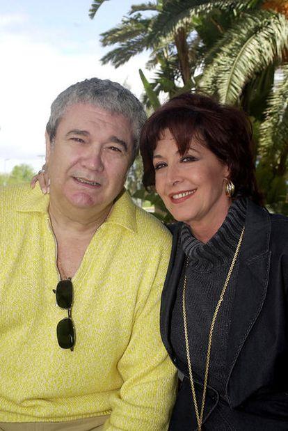 Paco Marsó junto a Concha Velasco en 2003, cuando aun estaban juntos