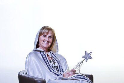 Núria de Gispert, varita en ristre, dispuesta a hacer de hada madrina de los parlamentarios catalanes.