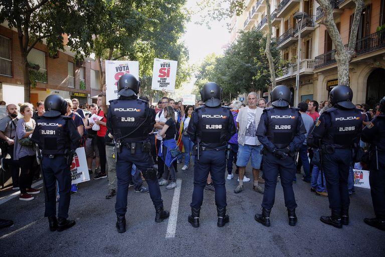 La Policía trató de registrar la sede de la CUP el 20 de septiembre de 2017. Foto: Massimiliano Minocri