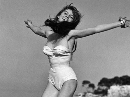 La actriz Brigitte Bardot, en 1955 en Saint-Tropez.