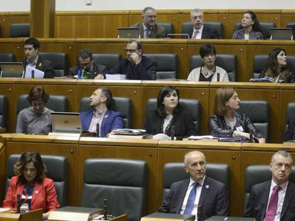 Imagen de archivo de un pleno ordinario en el Parlamento vasco.