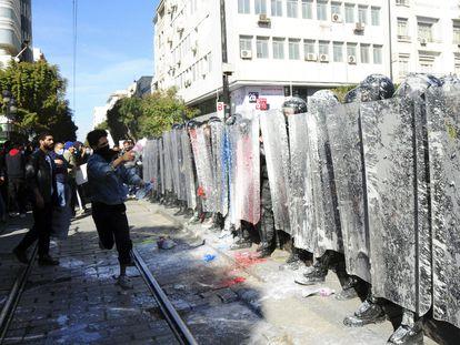 Manifestación contra los abusos de la policía, el 30 de enero de 2021, en la capital de Túnez.
