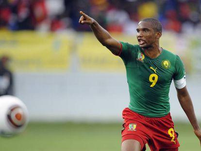 Samuel Eto'o durante el partido de la Copa de África 2010.
