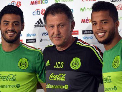 Vela, Osorio y Dos Santos en junio pasado.