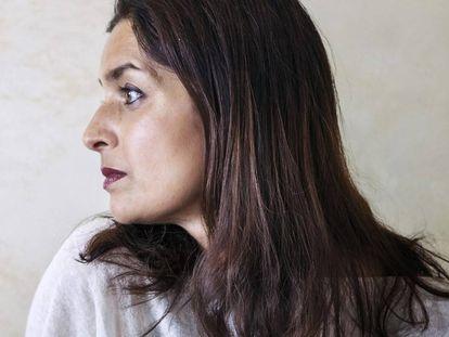 La escritora Jhumpa Lahiri, en su casa de Roma.
