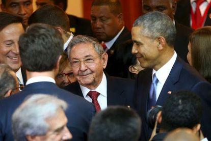 Obama y Raúl Castro, juntos en la inauguración de la Cumbre.