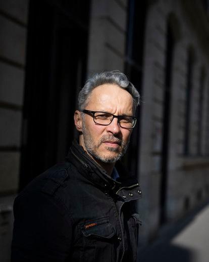 Iannis Roder, profesor de Historia y Geografía en el extrarradio norte de París.