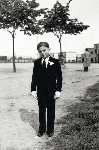 El pequeño Giorgio Armani en 1942.