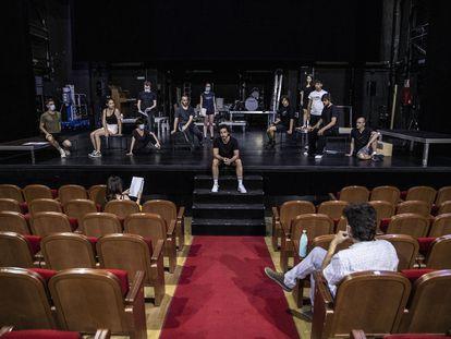 Ensayo de la obra 'En otro reino extraño', en el Teatro de la Comedia de Madrid.