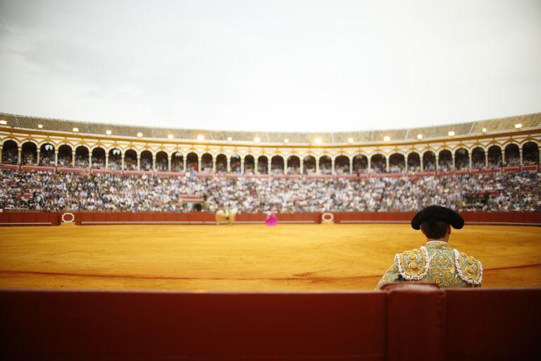 La plaza de La Maestranza en tarde de Feria de Abril.