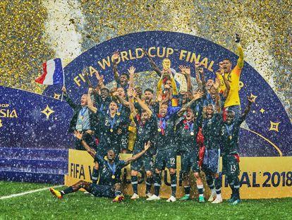 Los jugadores de la selección francesa celebran la conquista del Mundial 2018 de Rusia. (Photo by Ulrik Pedersen/NurPhoto via Getty Images)