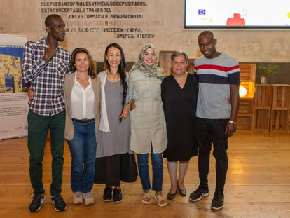 Serigne Mbaye, Gloria Cabello, Huichi Chiu Huang, Amal Belleyo, Roxana Resnikowski y Babou Jallow, el pasado 3 de octubre en Madrid.