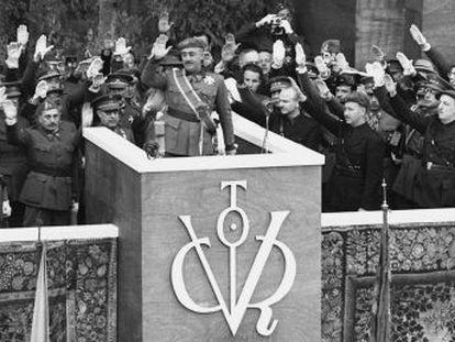 El historiador comenta el final de conflicto y la formación del nuevo régimen tras el 1 de abril de 1939