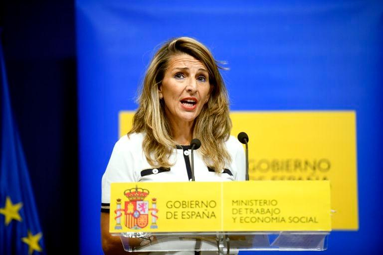 Yolanda Díaz, ministra de Trabajo, atiende a la prensa el 7 de septiembre, en Madrid.