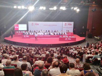 Un momento del Congreso Extraordinario del PSOE en mayo pasado.